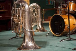 07 Tubas and drums
